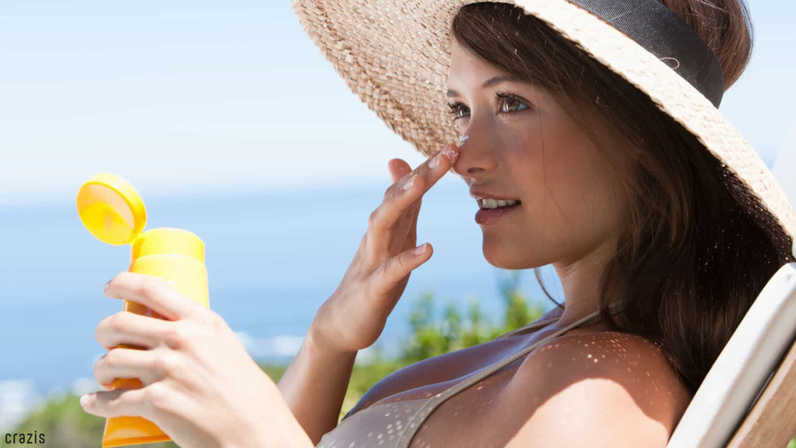 Sử dụng kem chống nắng sau khi tẩy tế bào chết cho da mặt