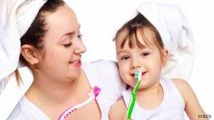 Nhớ đánh răng 2l/ ngày để có một hàm răng trắng sáng