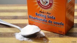 Làm trắng răng từ bakig soda
